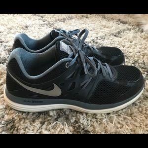 Nike Dual Fusion Lite Running Sneakers